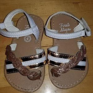 Toddler girls sandals size 4